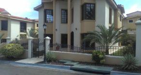 Casa en Loma Linda Country Club – Marina