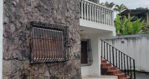 Casa en la vía principal de Santa Inés de Caripe