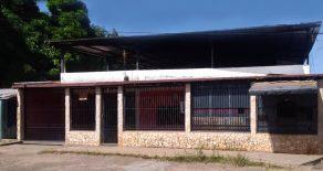 Casa en la Sabanita, Calle el Yopal