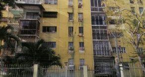 Apartamento en el Conjunto Residencial Marhuanta