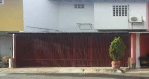 Town House en Agua Salada