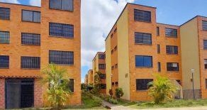 Apartamento en Residencias Altos de Betania