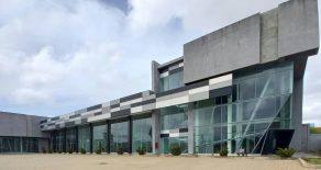 Centro Comercial Suata